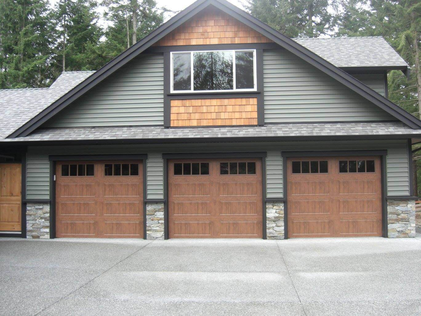 High Standards Overhead Door Ltd. - Central Vancouver Island